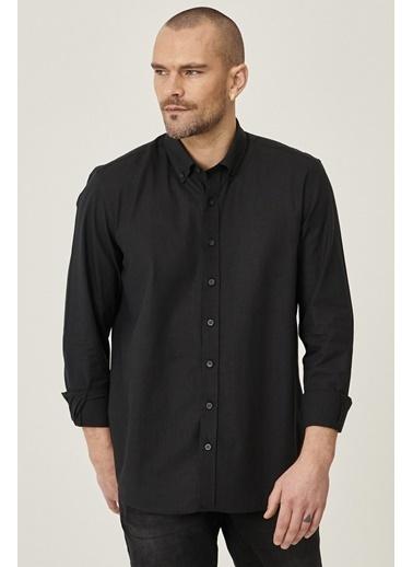 AC&Co / Altınyıldız Classics Tailored Slim Fit Dar Kesim Düğmeli Yaka %100 Koton Gömlek 4A2021200056 Siyah